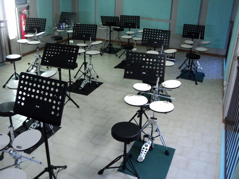 Corso collettivo di batteria - Scuola di musica genova - Diamond